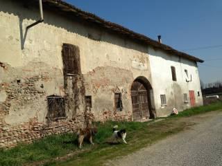 Photo - Dairy farm, to be refurbished, 2767 sq.m., Treviglio