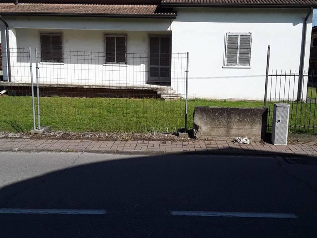 foto  Single family villa via Guglielmo Marconi, Roverbella