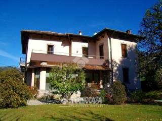 Foto - Villa unifamiliare via roma, Canzo