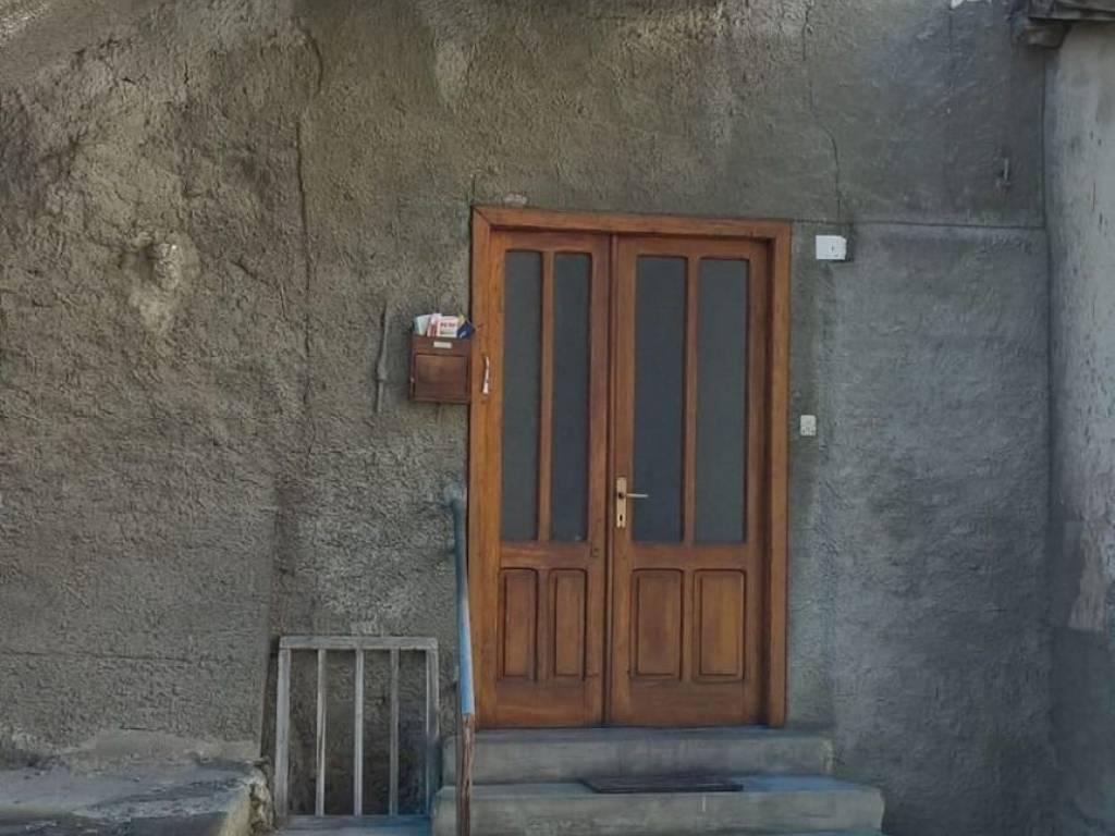 foto FACCIATA Appartamento frazione Magras, Malè