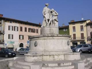 Foto - Bilocale piazza Camillo Benso di Cavour, Trescore Balneario