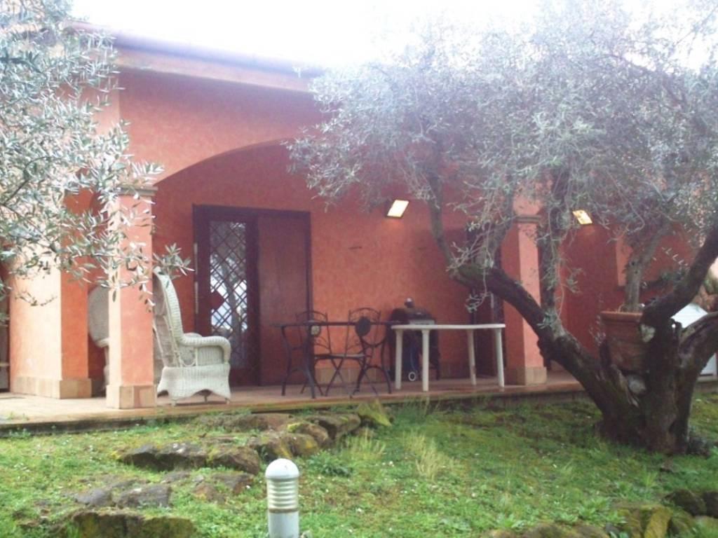 foto  Two-family villa via di Colle Pizzuto 1, Frascati