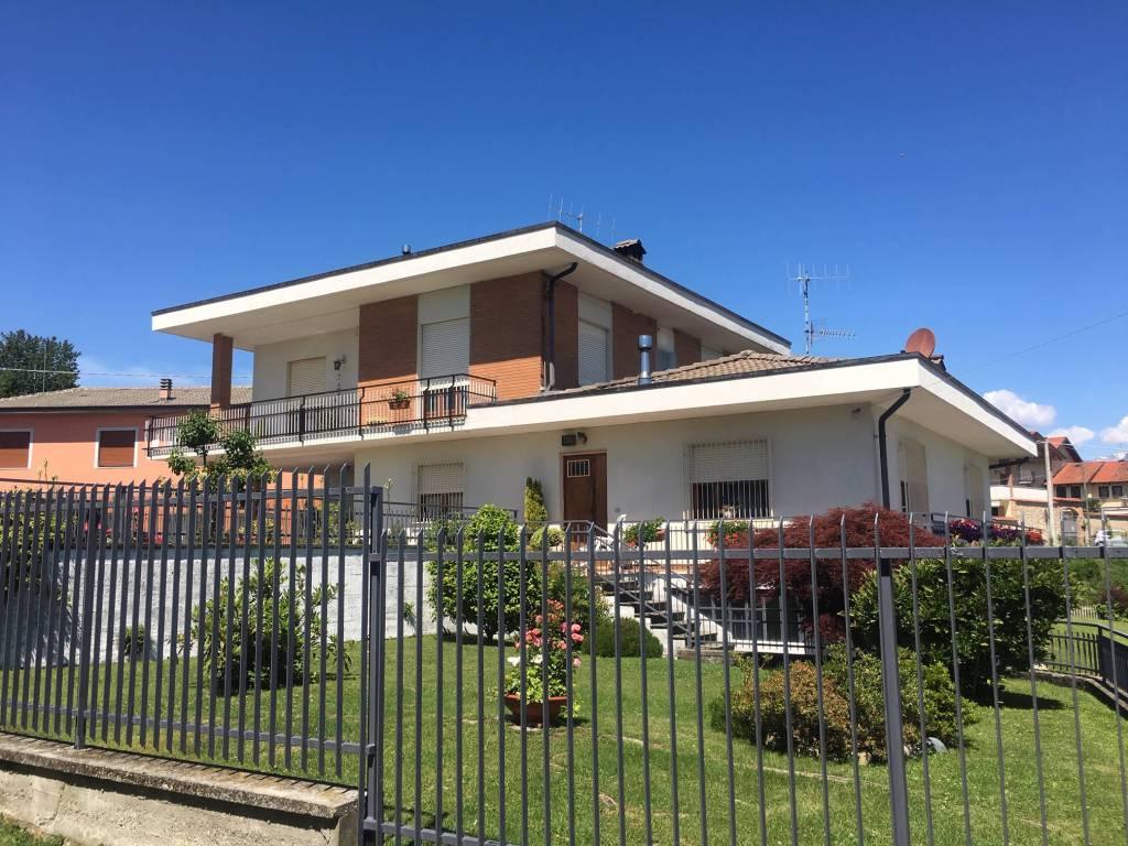 foto  Villa bifamiliare Canton Veneria, Scarmagno