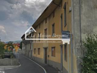 Photo - Historic residence due piani, to be refurbished, Redona, Bergamo