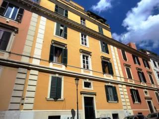 Foto - Bilocale buono stato, quarto piano, Esquilino, Roma