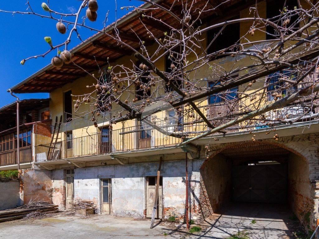 foto facciata Casa indipendente via vittorio veneto, Caluso