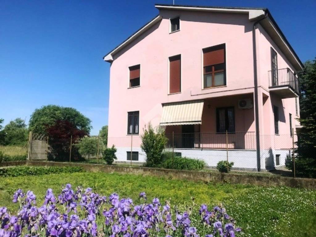 foto a Villa unifamiliare via monviso, Monza