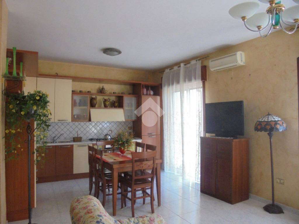 foto  3-room flat via F  Turati, Crispano