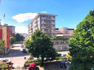 Foto - Trilocale via Forni di Sotto, Ospedale, Udine