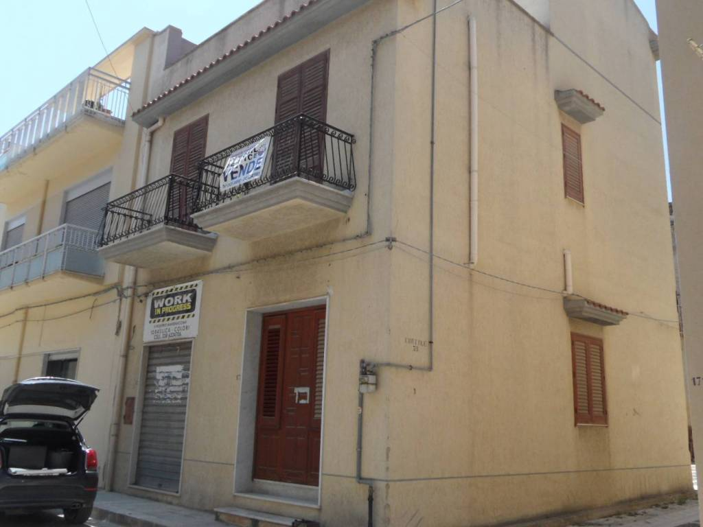 foto  4-room flat via Giuseppe Garibaldi, Menfi