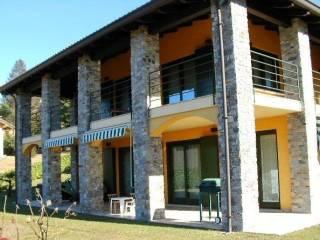 Foto - Villa unifamiliare 250 mq, Miasino