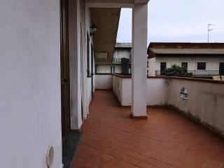 Foto - Trilocale via Valle Mulini 18, Fino Mornasco