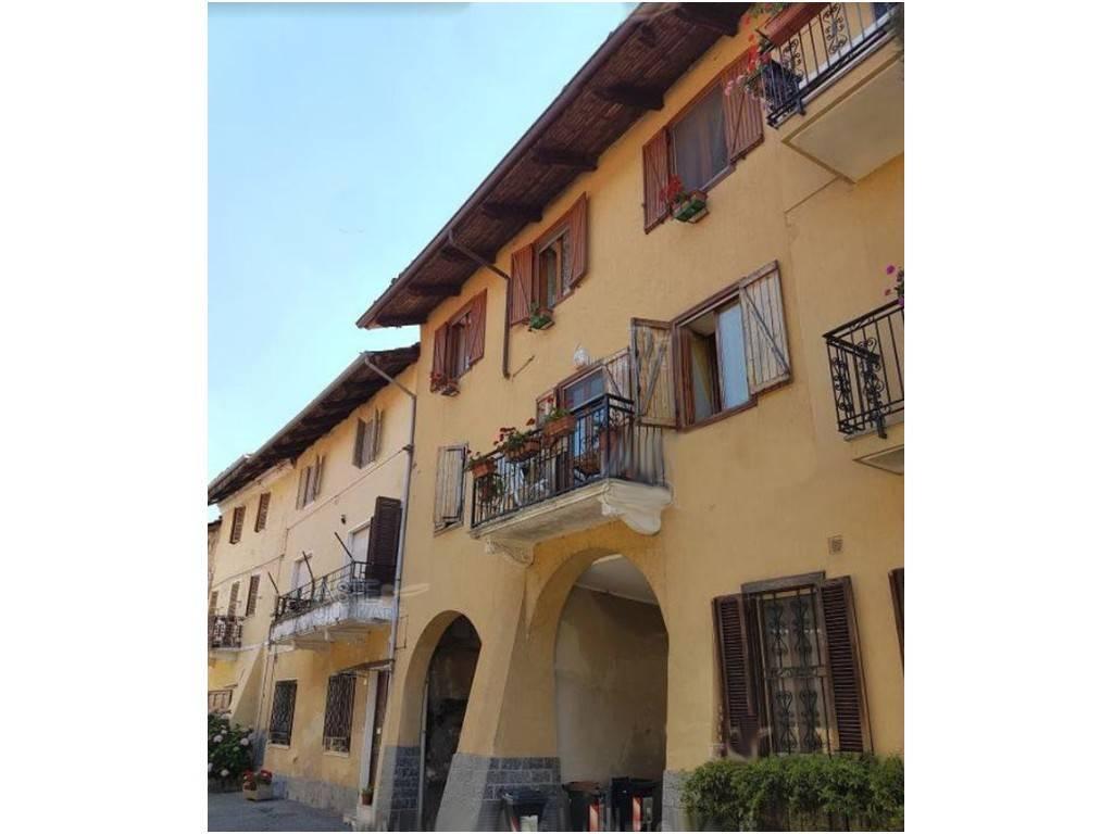 foto esterno Apartment via Roma 27, Lombardore