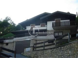 Foto - Villa bifamiliare via Trieste 9, Ossimo Superiore, Ossimo
