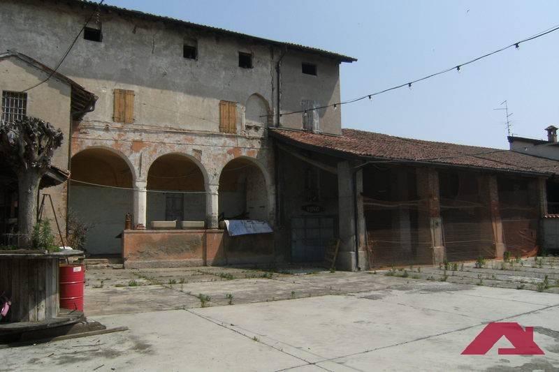 foto  Villa unifamiliare via Roma, Mairano