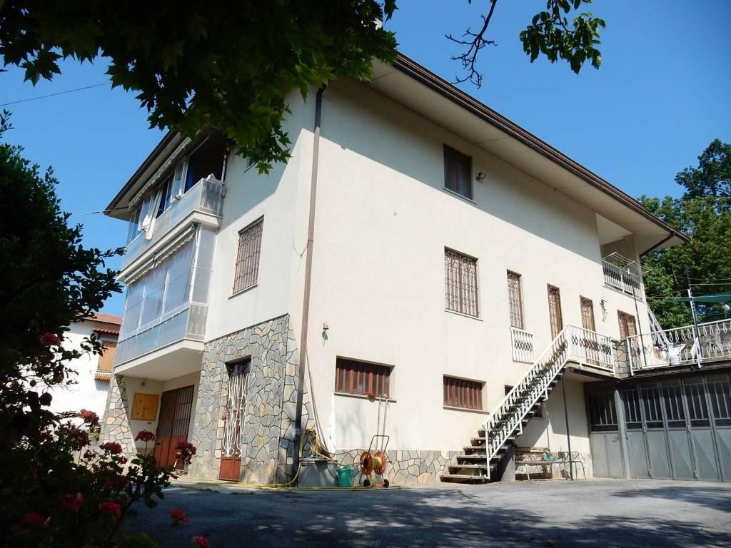 Foto 1 di Appartamento Via Malborgo7, Monastero Di Vasco