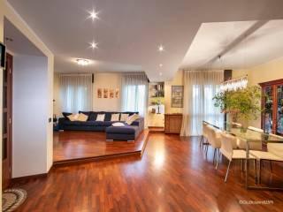 Photo - 4-room flat via Armando Diaz, Bernareggio
