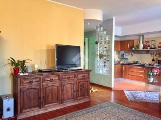 Photo - 4-room flat via cesare battisti, San Donato Milanese
