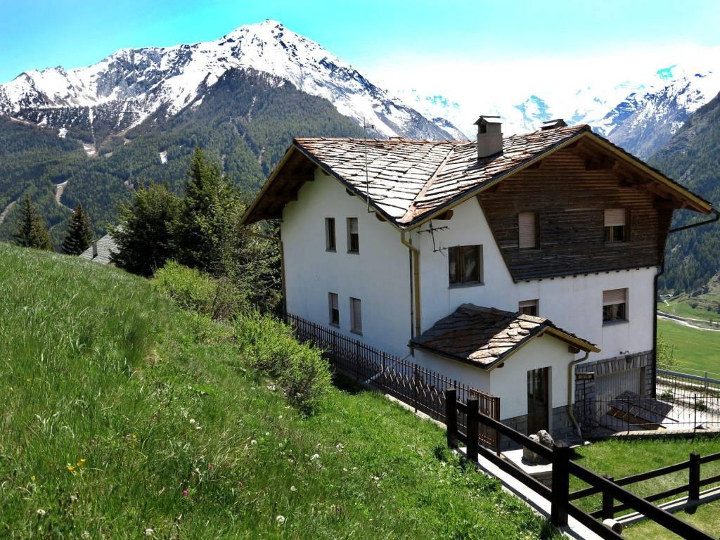 foto  Multi-family villa frazione Gimillan 5, Cogne