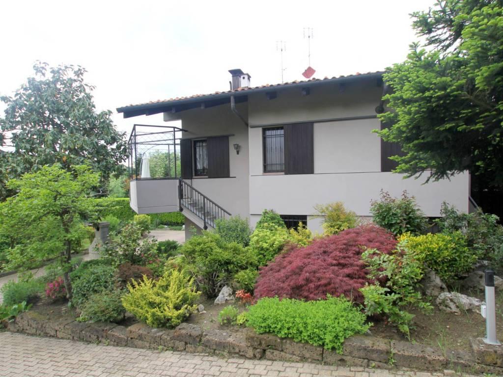 foto ESTERNO Single family villa Strada Bardassano 22, Castiglione Torinese