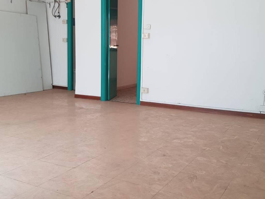 foto  Appartamento da ristrutturare, secondo piano, Roma