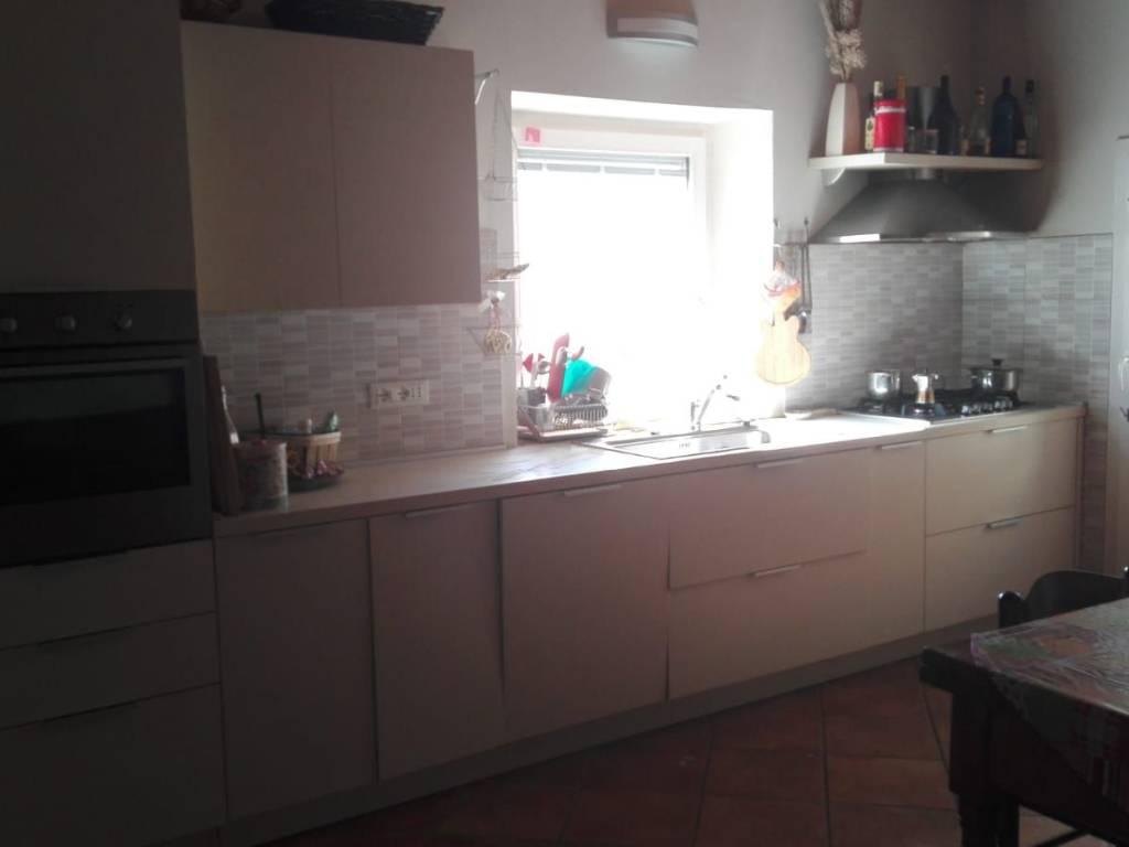 foto cucina Trilocale via Francesco Petrarca, Casciana Terme Lari