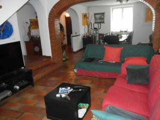 Photo - Building via dell'Acqua Acetosa 75, Ciampino