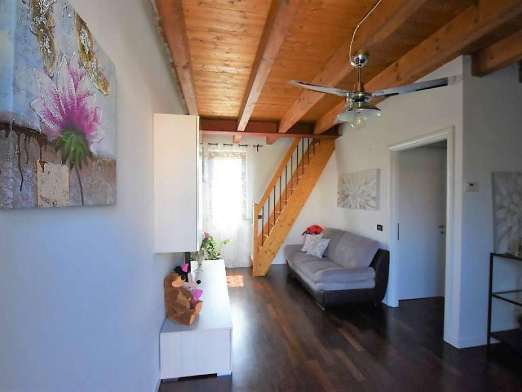 foto SOGGIORNO 2-room flat via Salerano 22, San Zenone al Lambro