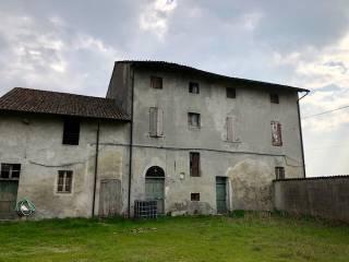 Foto - Cascina, da ristrutturare, 1400 mq, Battaglione, Cremona