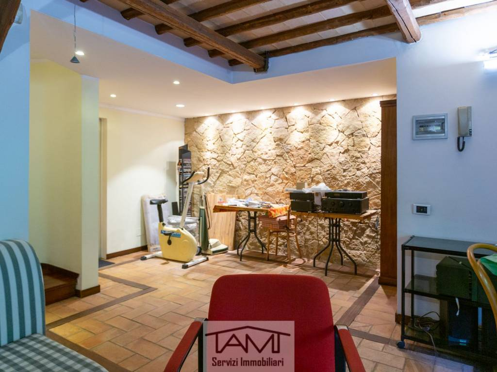 foto TAVERNA Terraced house 4 rooms, good condition, Rodano