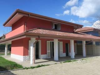 Foto - Villa unifamiliare via Meda 5, Borgomanero