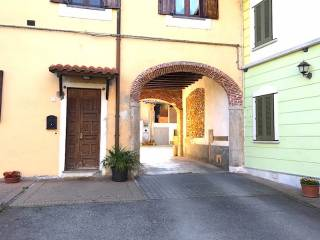 Photo - 4-room flat piazza Borromeo, 5, Nosate