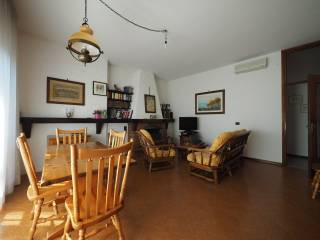 Photo - Detached house 190 sq.m., good condition, Buscate