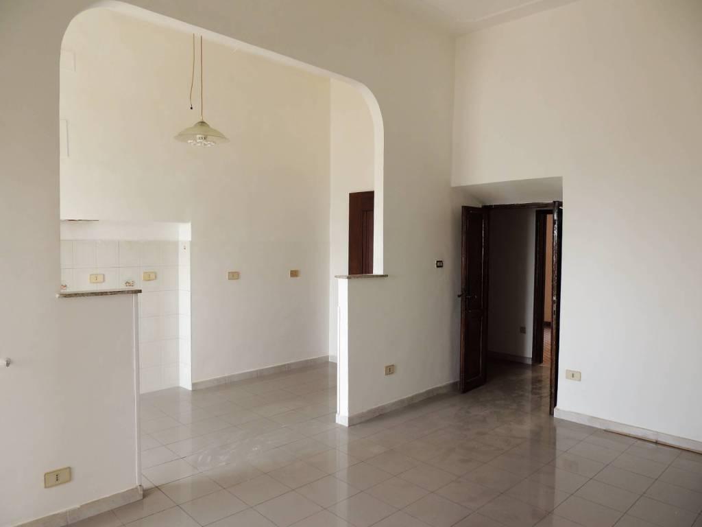 foto SALONE 2-room flat via roma, Sant'Angelo Romano