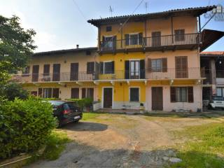 Photo - Detached house via Dietro Castello 15, Torre Canavese
