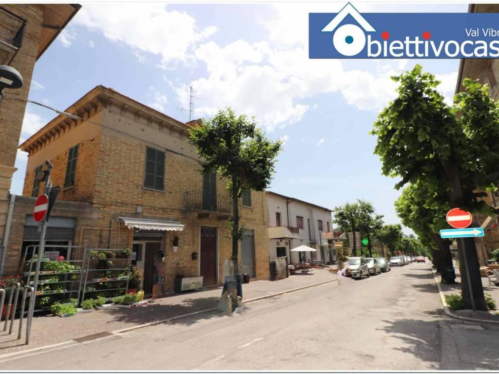 foto facciata Casa indipendente via Roma 35, Colonnella