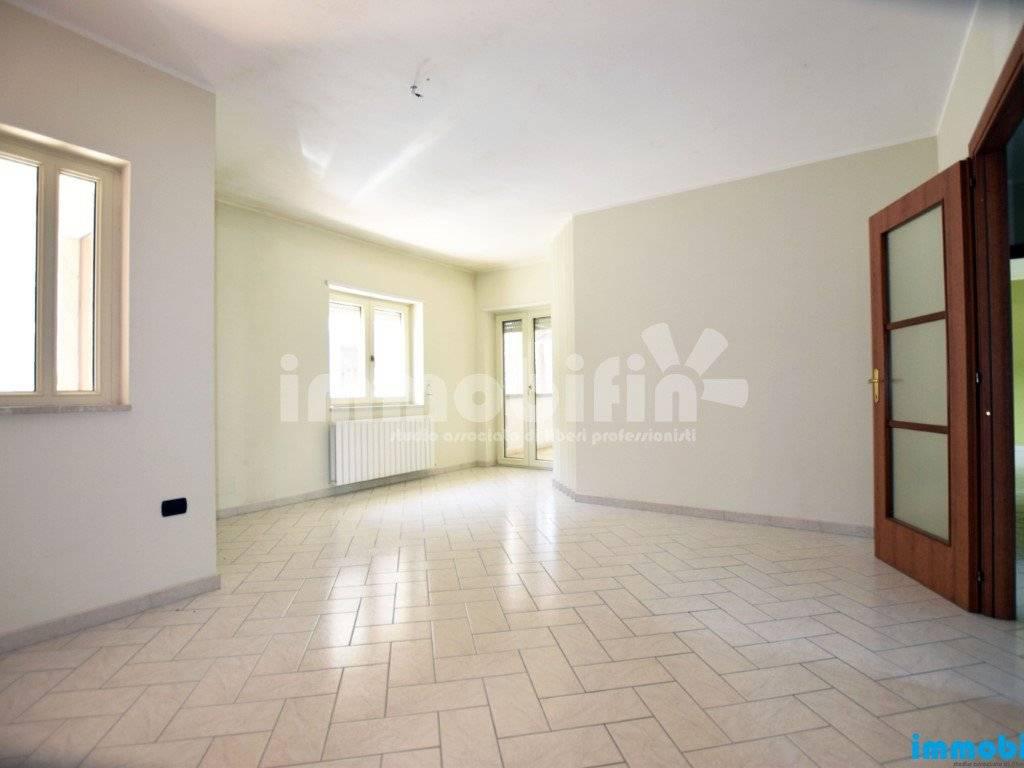 foto ingrasso/soggiorno Appartamento buono stato, piano terra, Oria