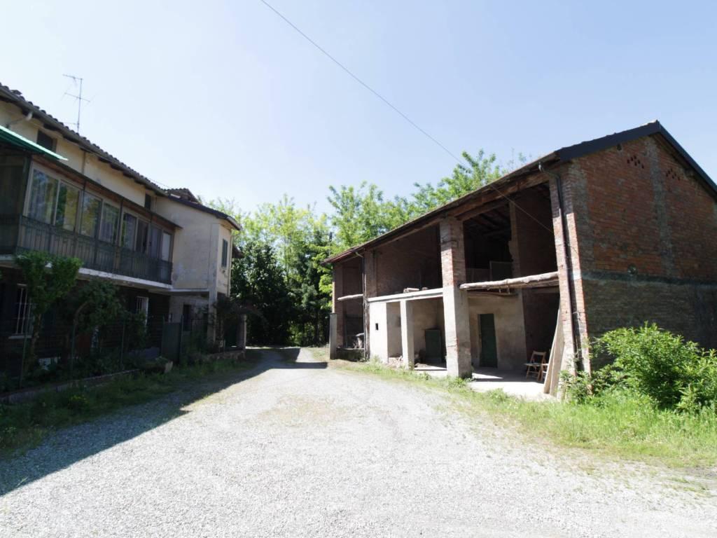 foto  Casa indipendente 140 mq, da ristrutturare, Tortona