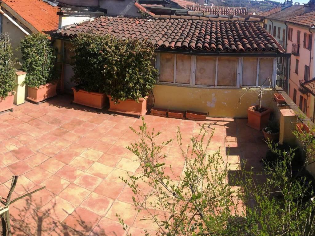 foto terrazzo 4-room flat via Santa Croce, Moncalieri