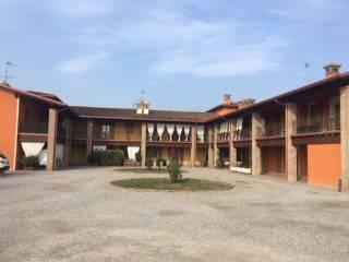 Foto - Bilocale via A  Canossi, Calvisano
