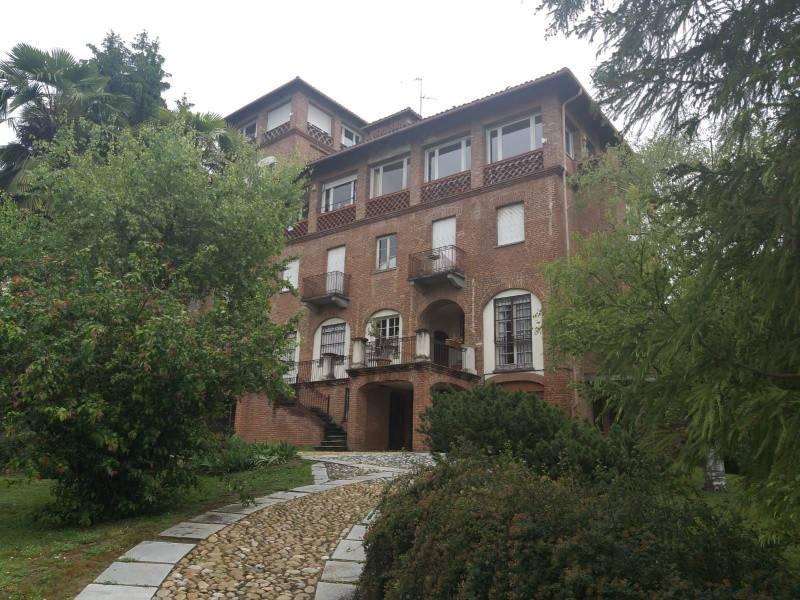 foto Facciata 4-room flat via Mario Mogna, 56, Pecetto Torinese