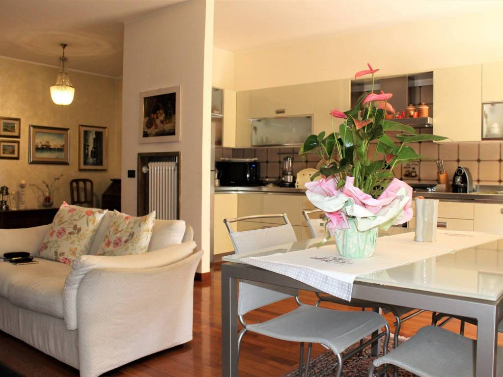 foto sala 4-room flat via Giarre, Abano Terme