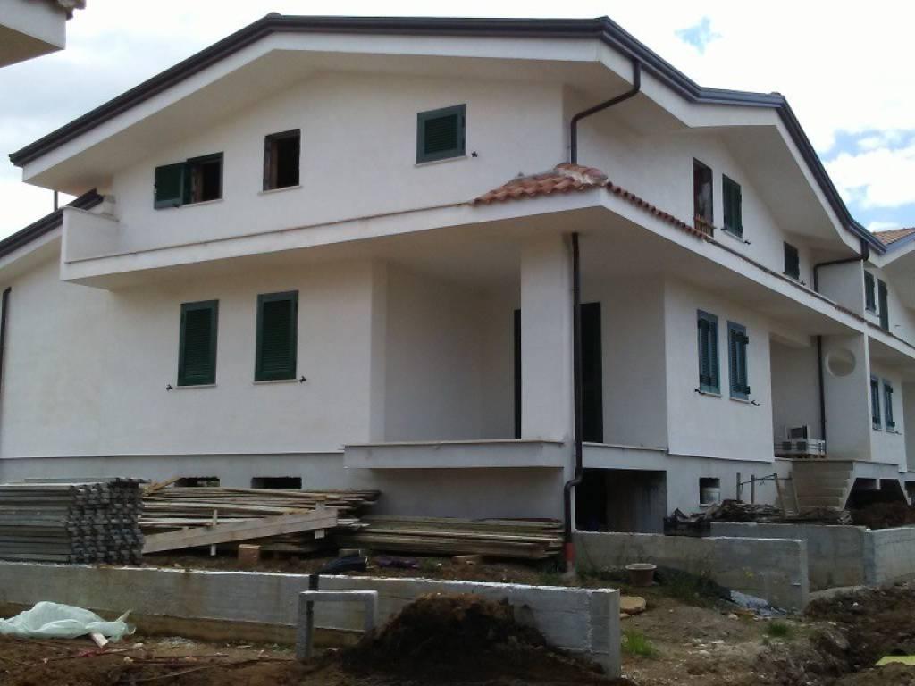 foto  Terraced house Strada Vicinale Starza, Caianello