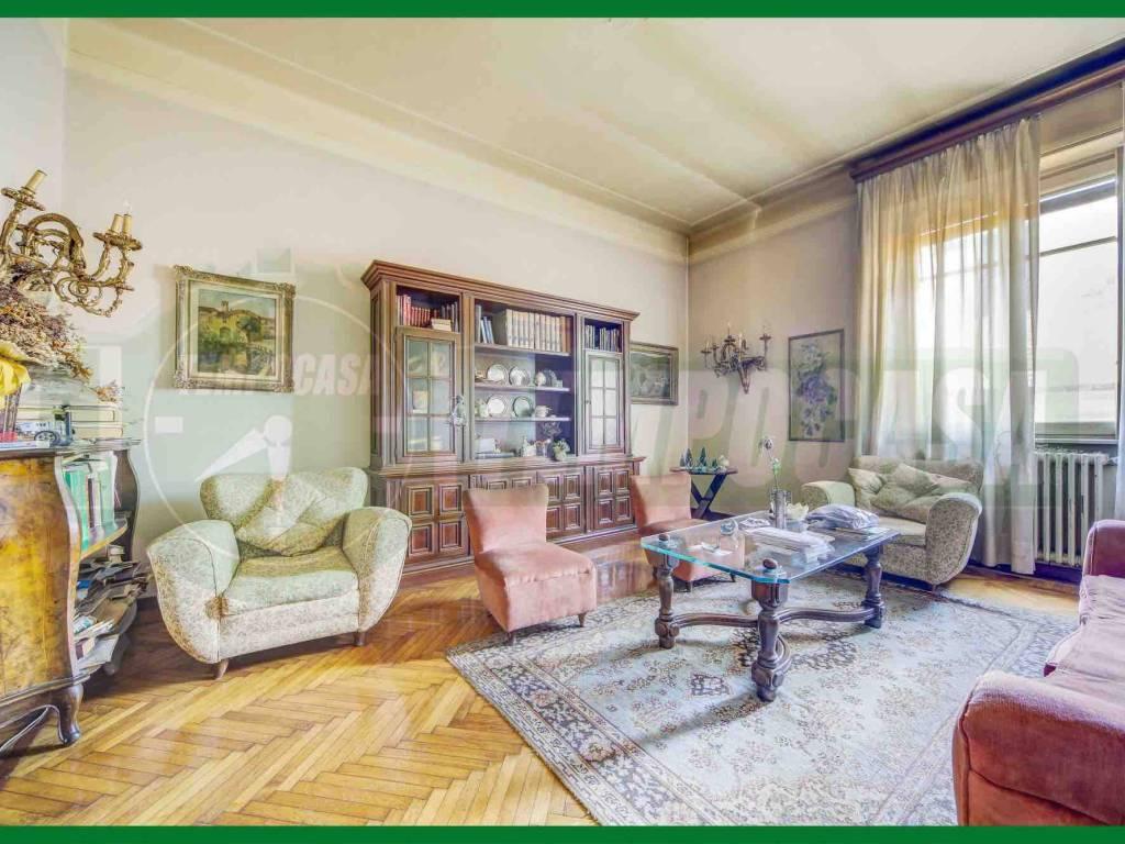 foto Soggiorno Appartamento via San Francesco d'Assisi, Varese