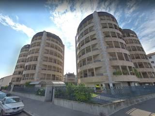 Case e appartamenti via riva di trento milano for Appartamenti trento