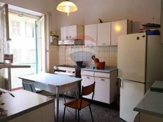 Foto - Apartamento T3 via Francesco Sivori, Castelletto, Genova