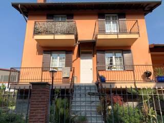 Foto - Villa bifamiliare via Dante Alighieri, Rosate