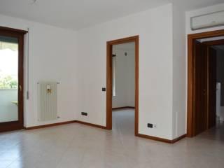 Foto - Appartamento via Alcide De Gasperi 43, Montecchio Maggiore