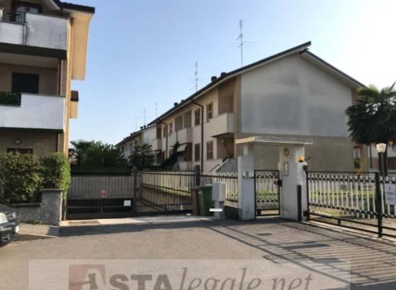 foto  Appartamento all'asta via Luigia Ferrari 18, Origgio
