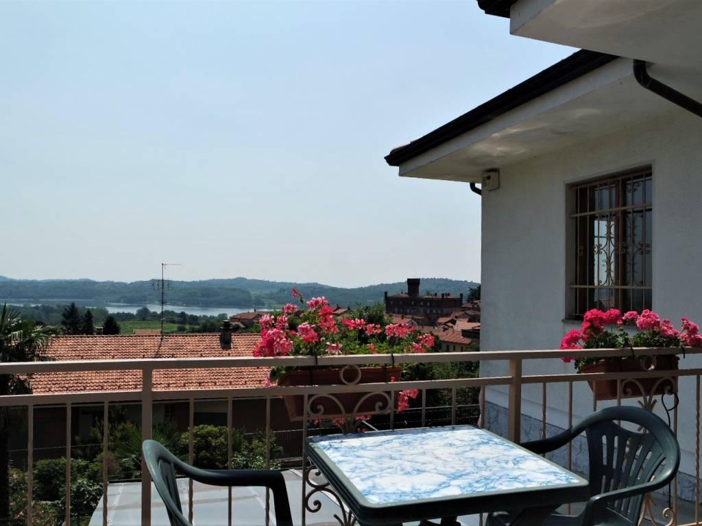 foto Terrazzo Two-family villa Strada del Rossetto, Candia Canavese